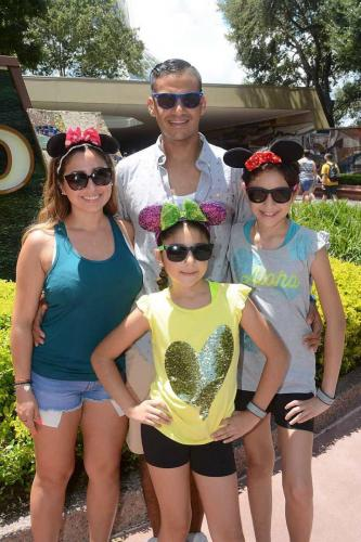 Davids-Family-Disney-World